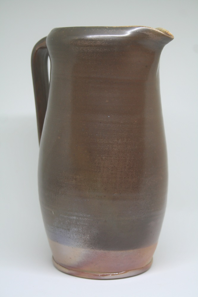 Temonku Pitcher